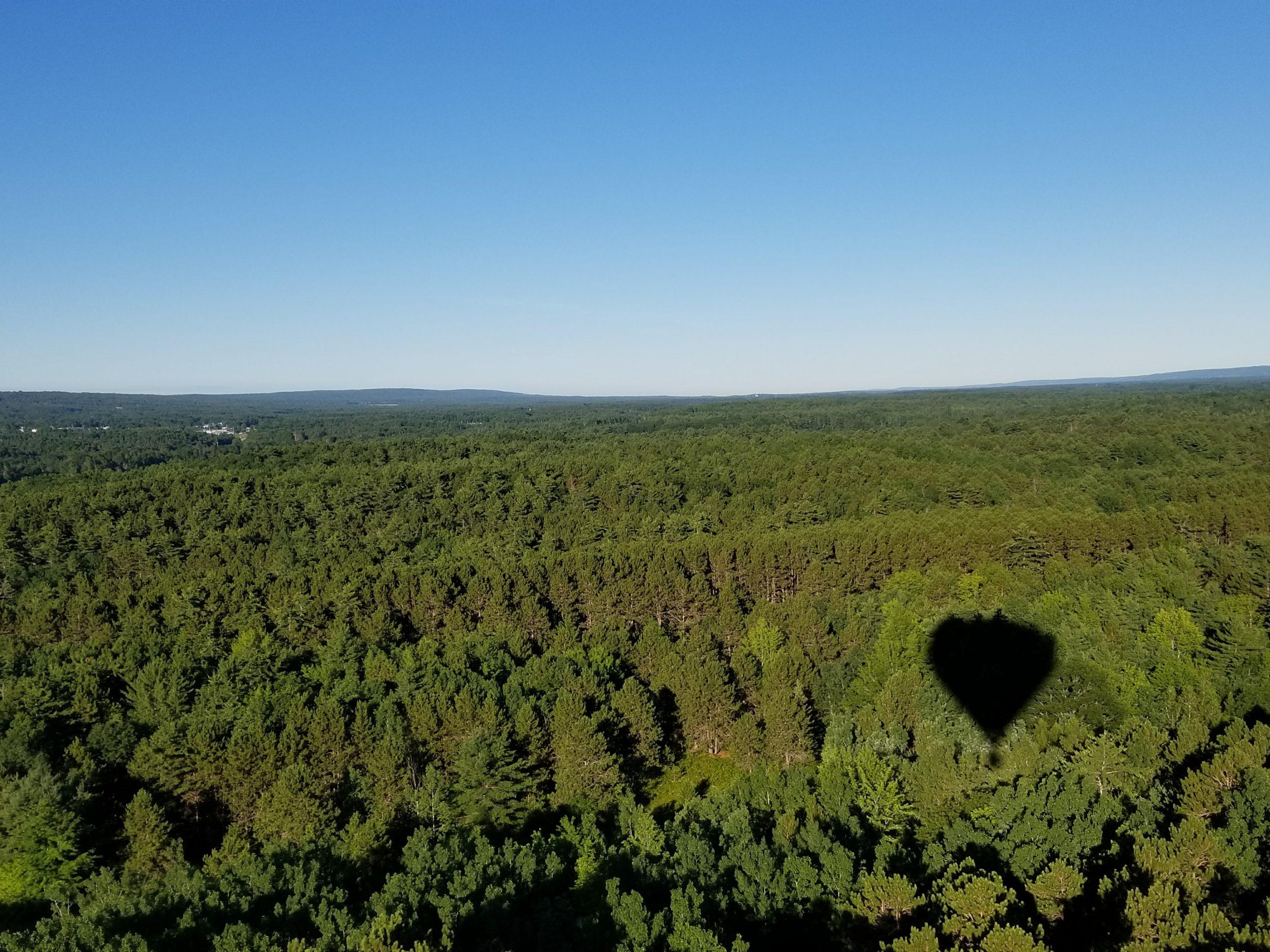 Explore the bay of Fundy hot air balloon Nova Scotia