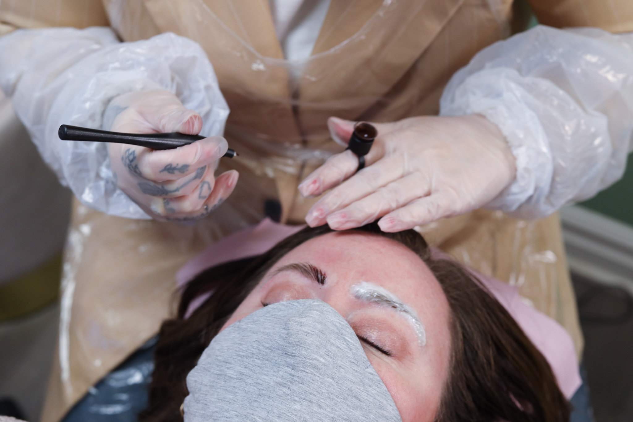 Microblading touch up